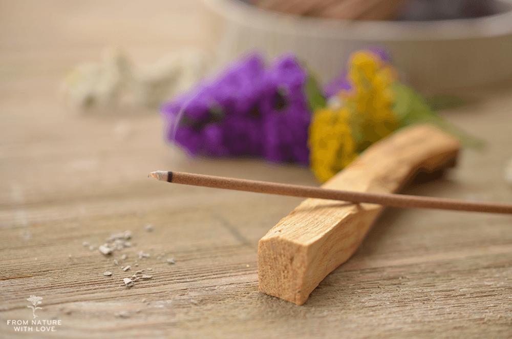 専攻に使用される木粉